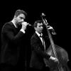 Avec notre Groupe Jazz Trio, laissez-vous entraîner par une ambiance swing, classe et décontractée en écoutant des standards du jazz et de la chanson française.