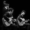 Notre Groupe Jazz Manouche Trio vous interprétera les plus grands thèmes du jazz manouches, ainsi que des airs tziganes, juifs, klezmers et russes