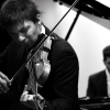 Notre violoniste virtuose vous fera voyager aux quatre coins du monde en vous interprétant les plus grands airs classiques, tziganes, juifs et russes.